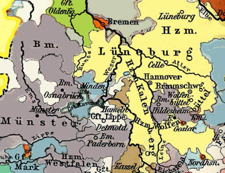 Hildesheim lies between Hannover and Goslar